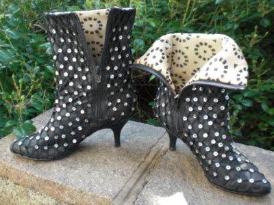 113a011d9de52 Desperately Seeking Susan...the boots   On my feet... in 2019 ...