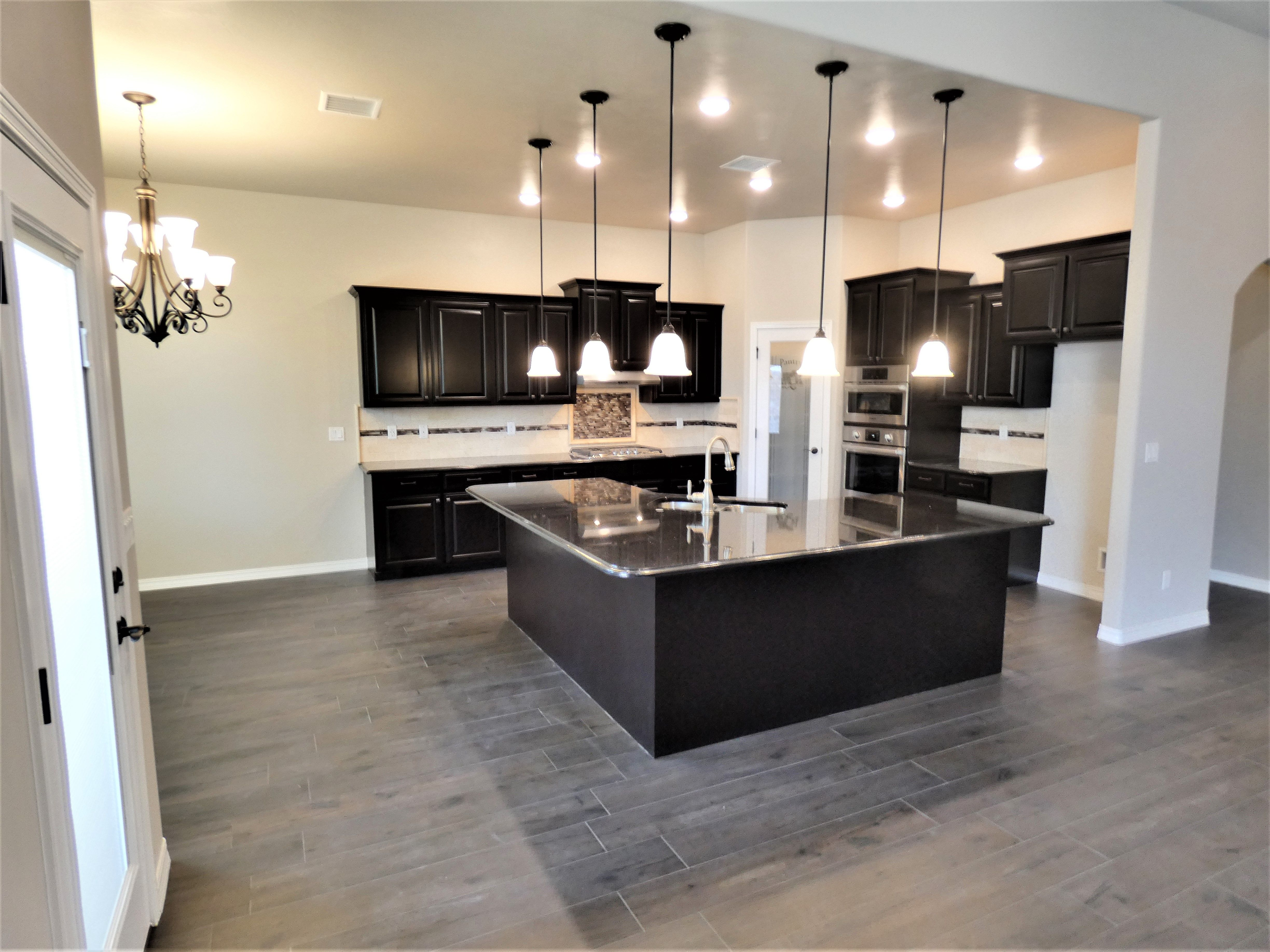 Brown Themed New Home Kitchen New Home Builders Home Kitchens Home Builders