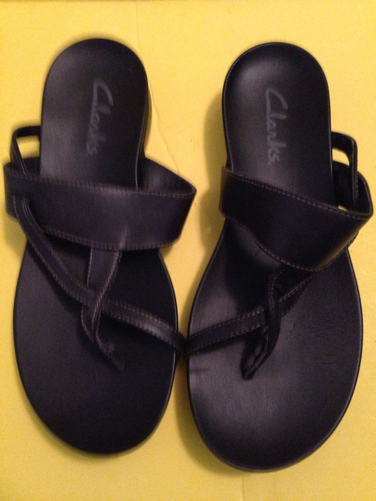 b5cd51e283b2 Black Solid Leather Clarks Thong sandals size 7 M  Clarks  Sandals  Casual