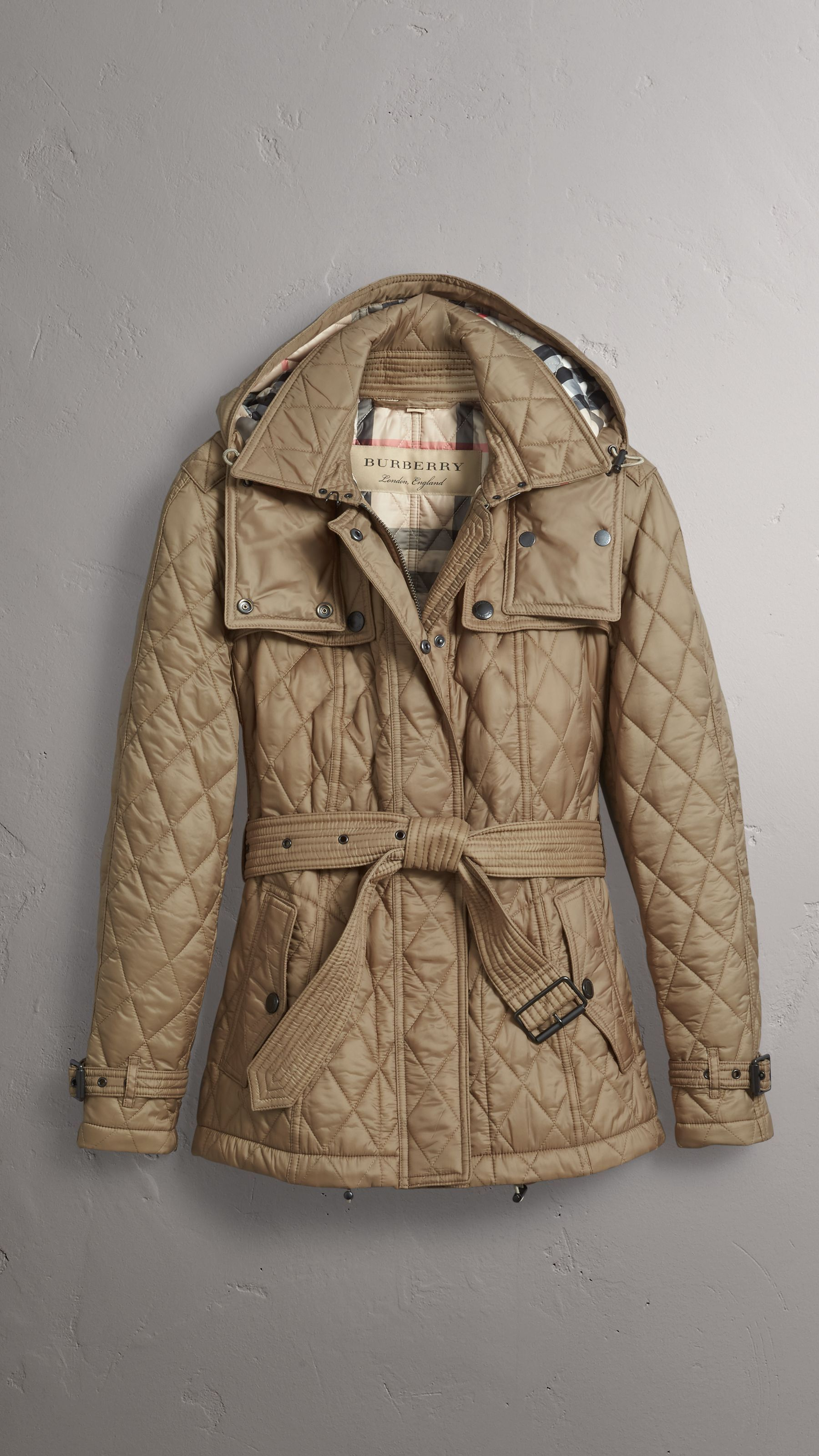 Quilted Trench Jacket With Detachable Hood In Pale Fawn Women Burberry United States Trench Jacket Jackets Burberry