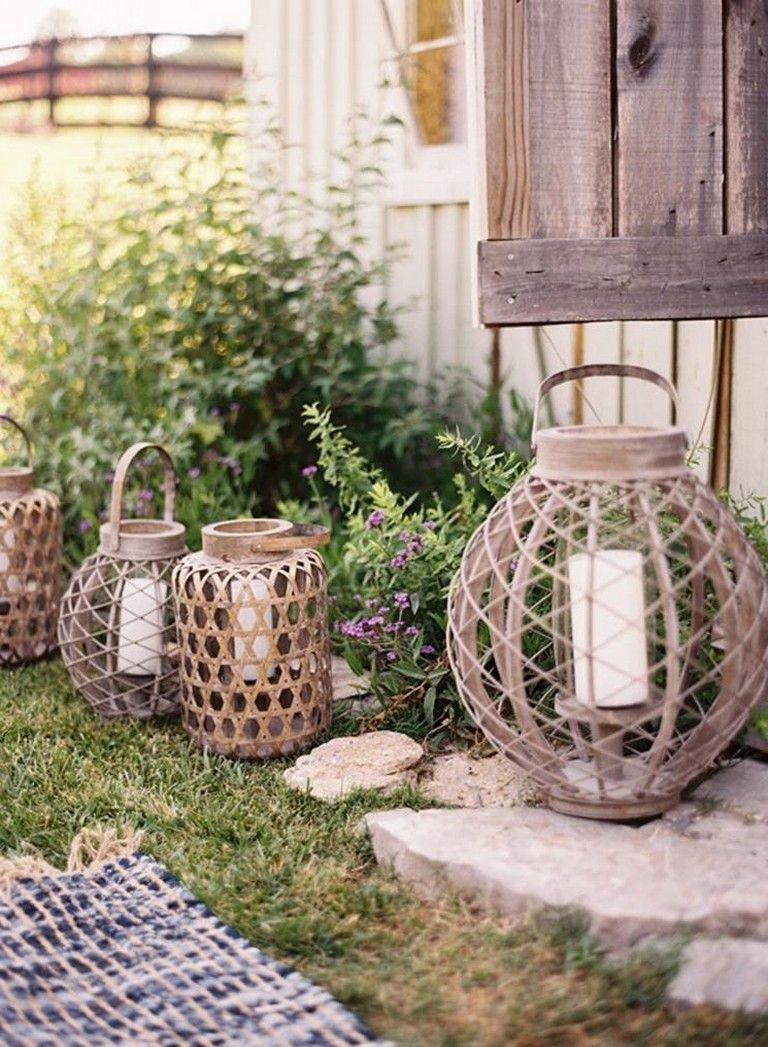 Rustic Outdoor Yard Decoration