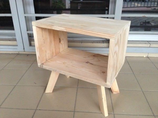 recycled pallet Looks like the long legs are the trend now. Easy to clean with its simplest design.