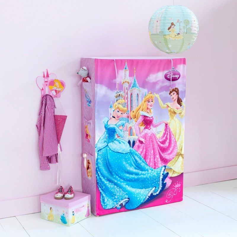 Penderie Princesse Disney Httpwwwbebegavrochecompenderie - Disney princesse chambre idees de decoration