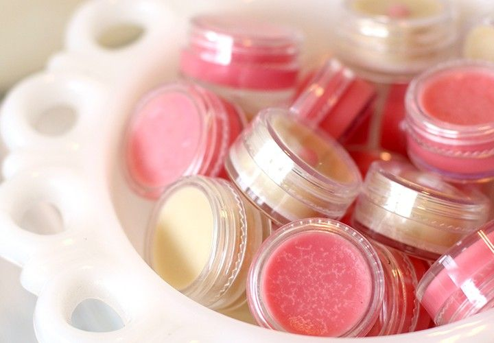 Diy easy lipgloss diy lip balm recipes craft ideas to