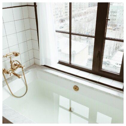 bathtub situation at the ludlow hotel nyc. #goals #bathtub