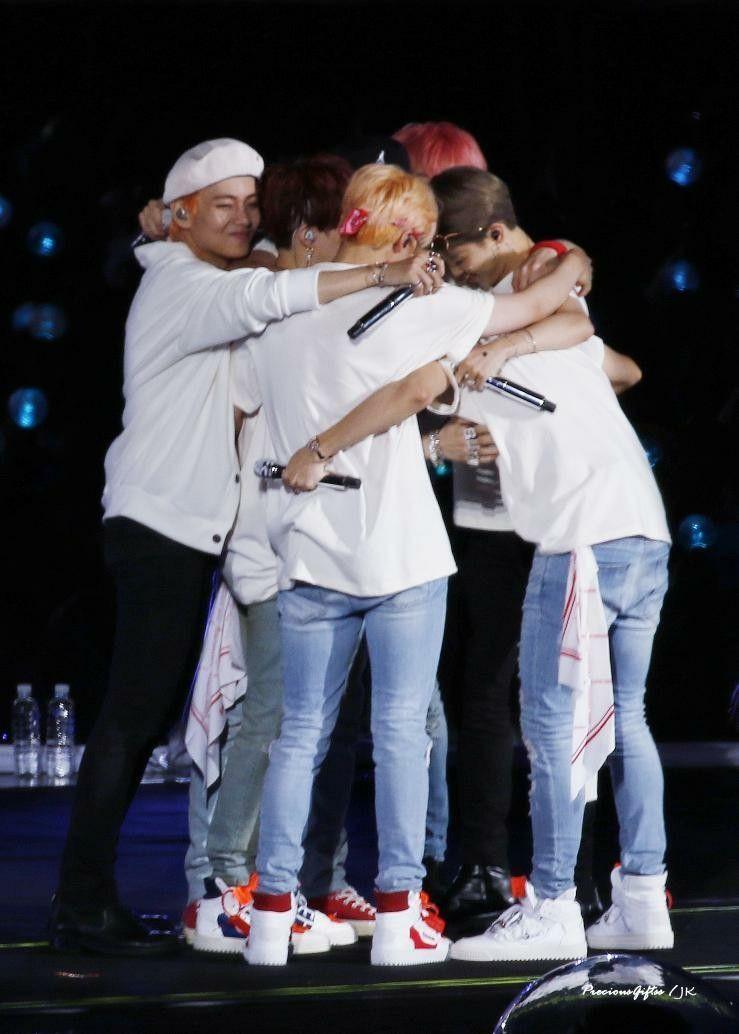 #BTS LOVE YOURSELF TOUR SEOUL | BTS | BTS, Bts concert ...