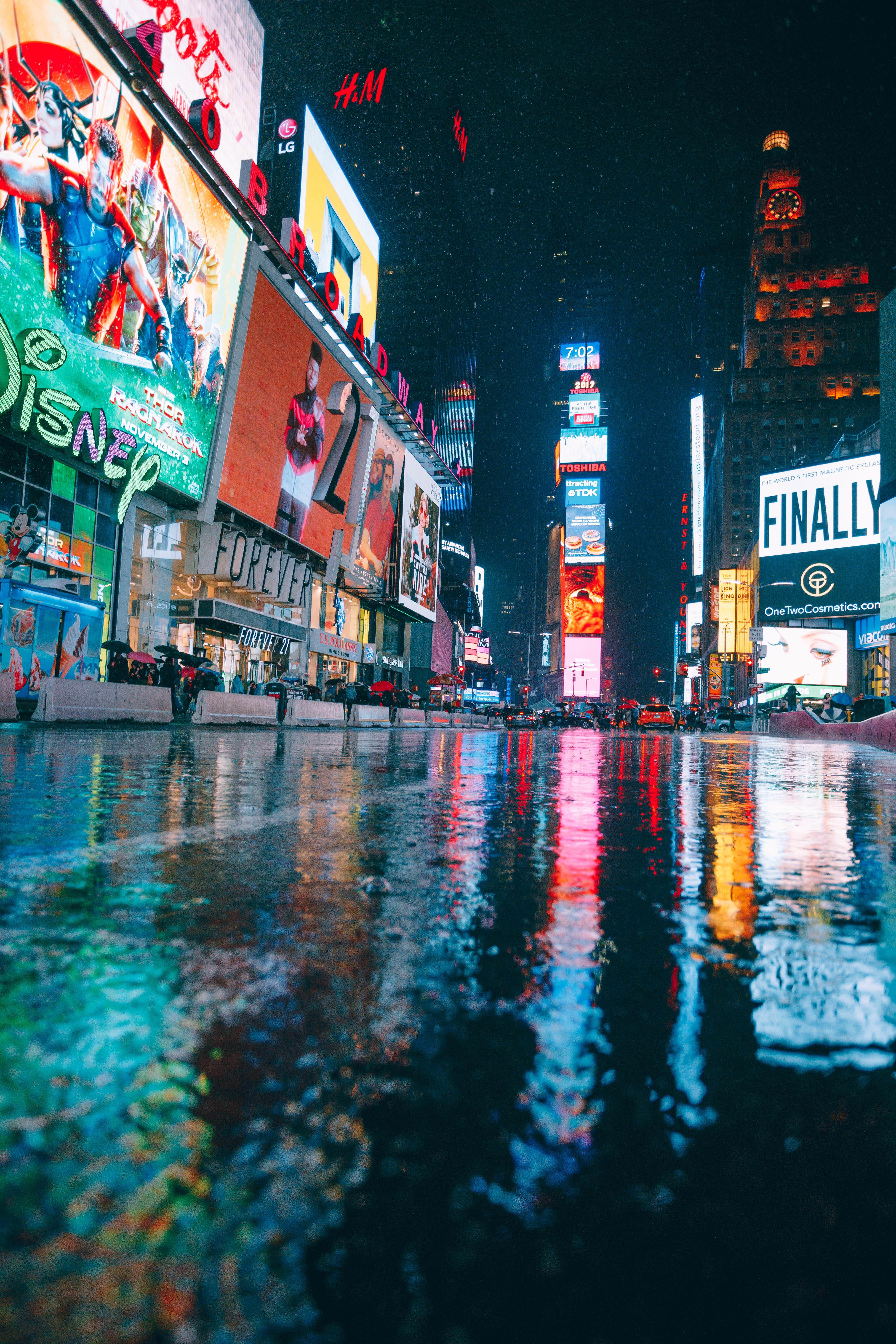 Rainy Times Square Nyc 4480x6720 Oc Nyc Times Square Times Square New York Wallpaper