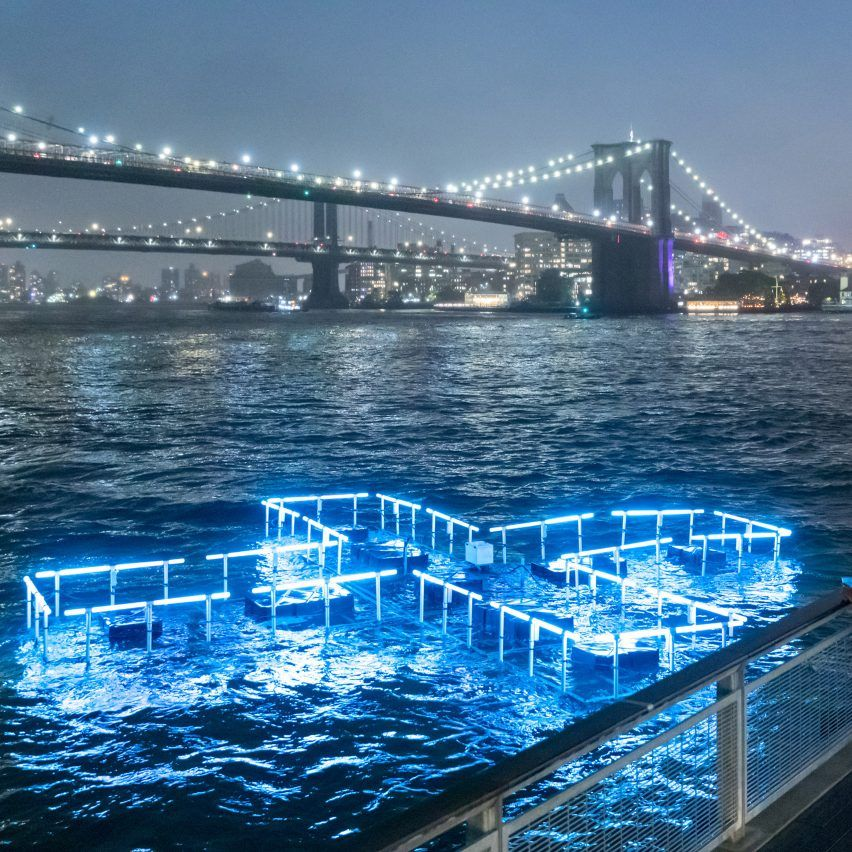 Floating Pool Light Installation Illuminates The East River To Test And Report On Water Quality Floating Pool Lights Installation Art Nyc Water