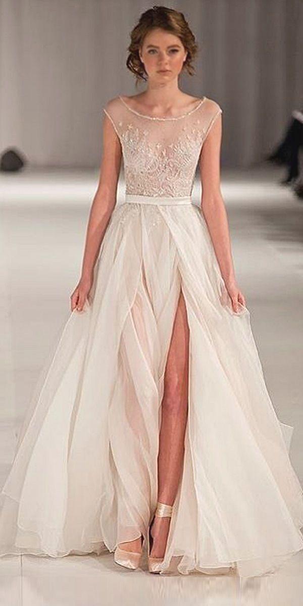 36 Totally Unique Fashion Forward Wedding Dresses  096bb9dda2f8