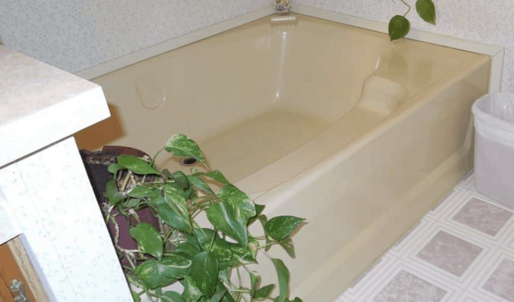 3 Remedies For Yellowing Bathtubs In A Mobile Home 3 Remedies For