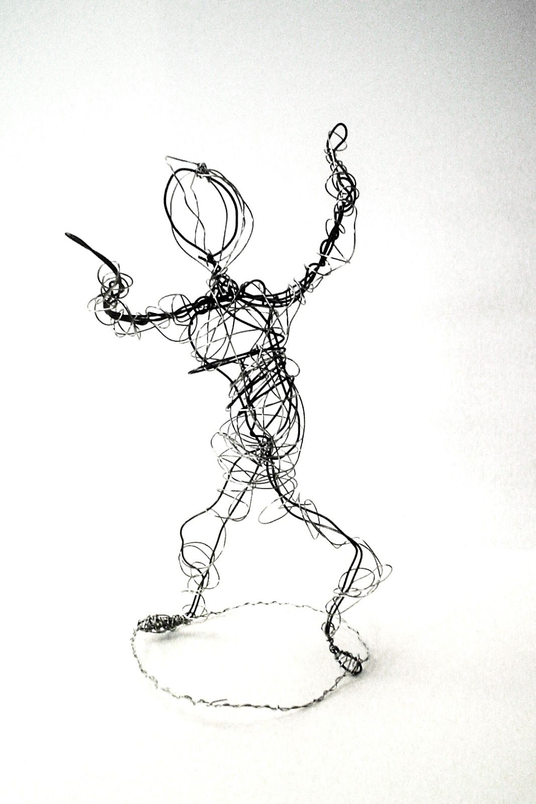 Lessons from the K-12 Art Room: Wire Figures | art class | Pinterest ...