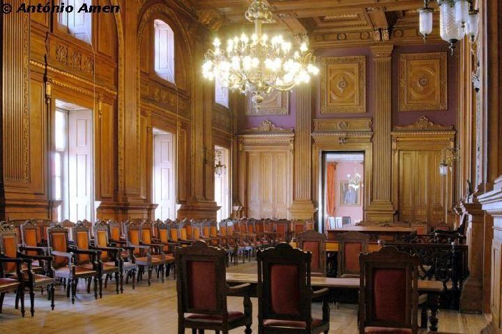 Enjoy Portugal Holidays - Travel to Portugal Palacio da Bolsa - Porto