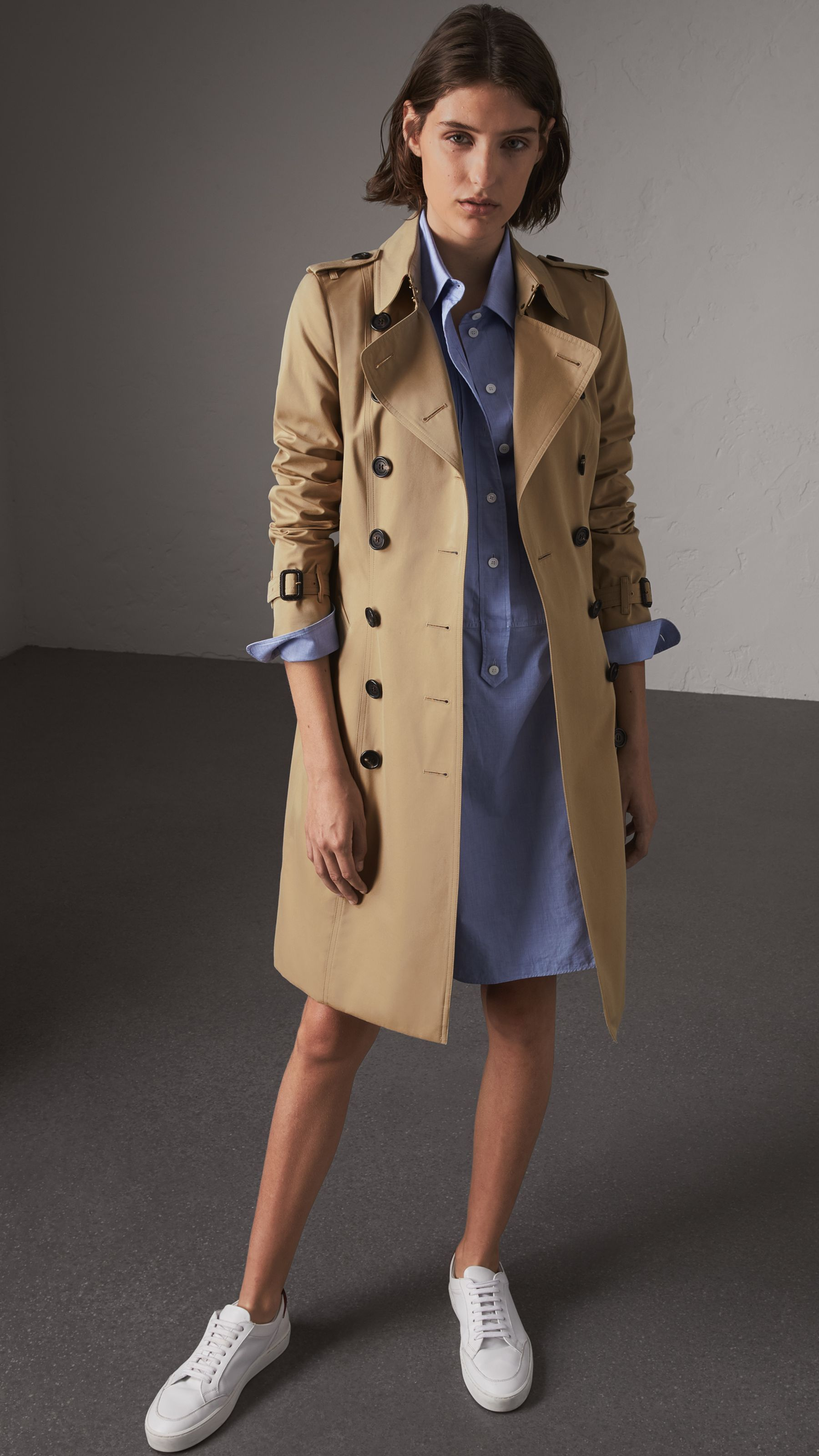 c690b088a15fb The Chelsea – Long Heritage Trench Coat in Honey - Women