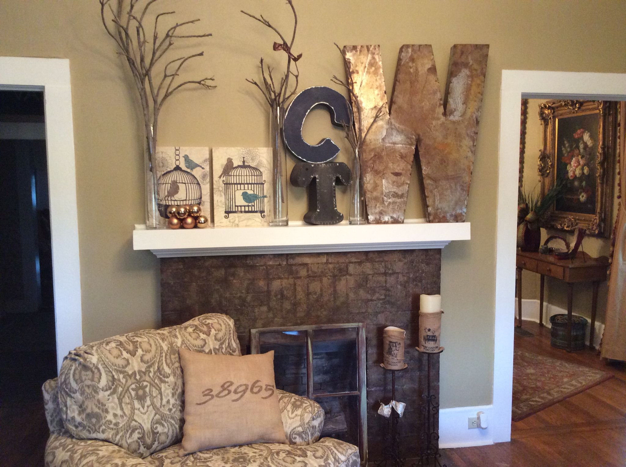 Mantel in Water Valley, MS home 2014