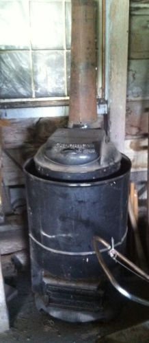 Antique/Vintage Caloric Coal Heater/Stove, Famous Conservator Heater  Warm up the winter...