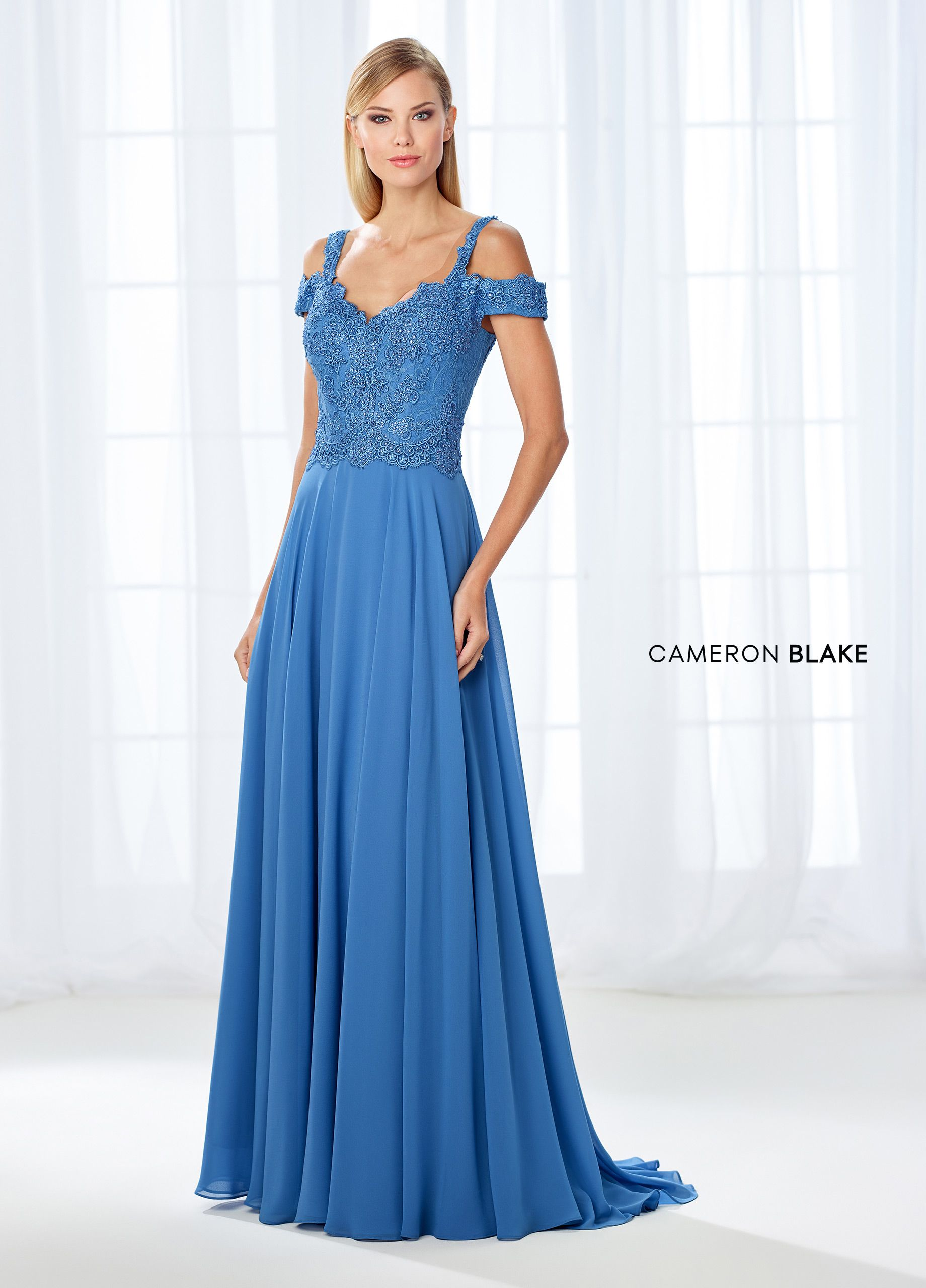 118683 | Cold shoulder, Bodice and Shawl