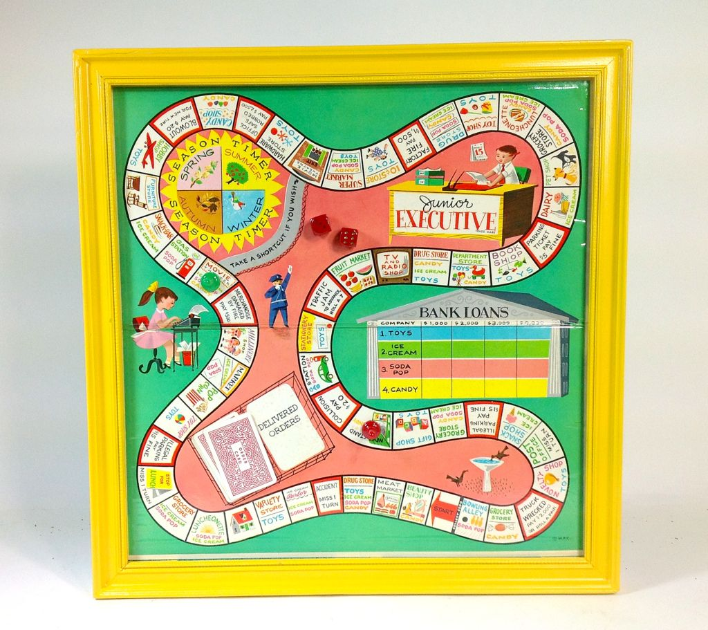 DIY project Upcycled vintage board games look beautiful