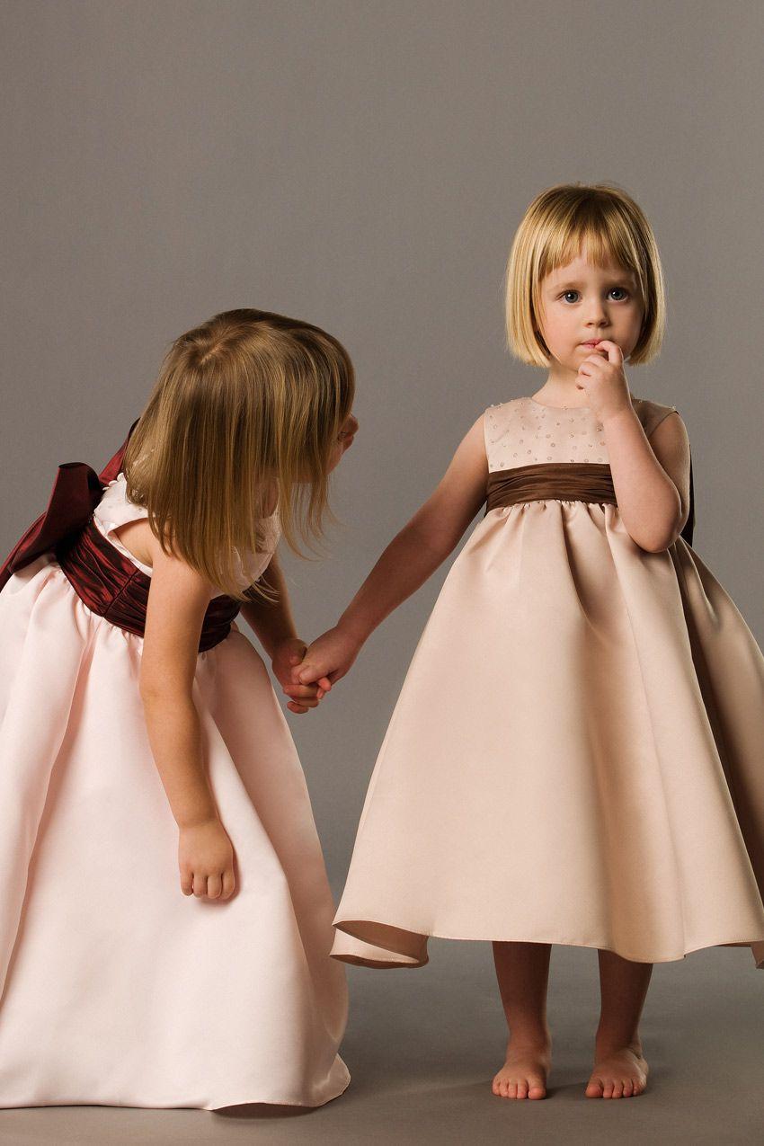 Ball gown sleeveless taffeta dress for flower girl flowergirl