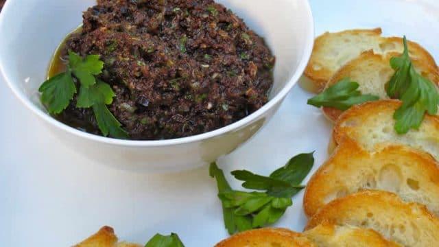 Tapenade aux olives noires et anchois au Thermomix #recettemonsieurcuisinesilvercrest