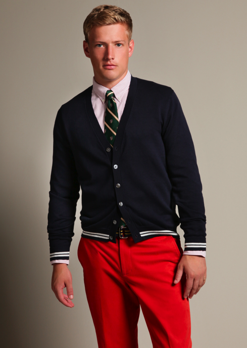 red chinos mens outfit