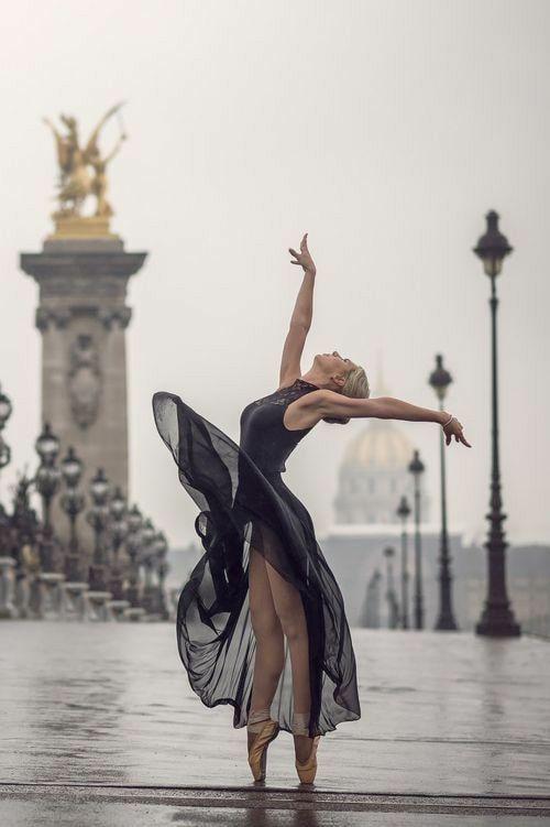 Pin van Alexander D op CONTEMPORARY DANCE   Dansfotografie