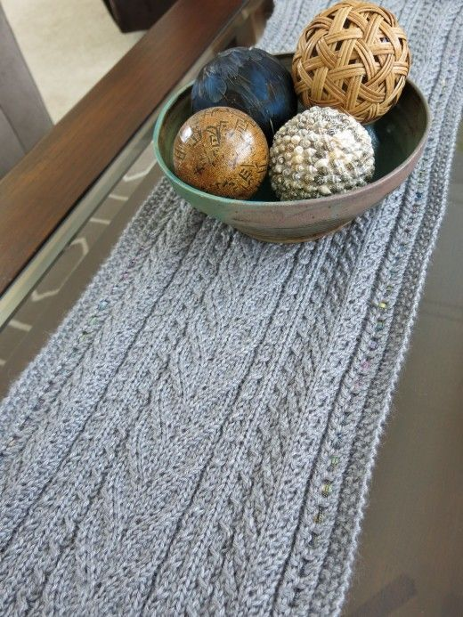Free Knitting Pattern: Lace & Cables Table Runner | knit runner ...