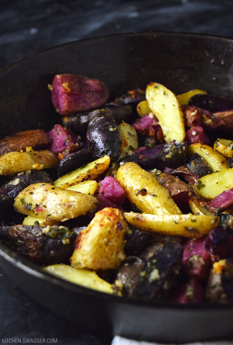 Roasted Fingerling Potatoes With Garlic And Parmesan