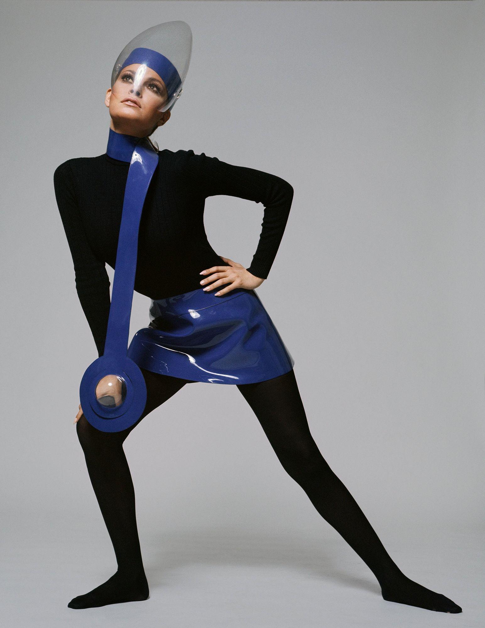 Pierre Cardin S Space Age Fashion Takes Us Back To The Future Published 2019 Future Fashion Pierre Cardin Fashion
