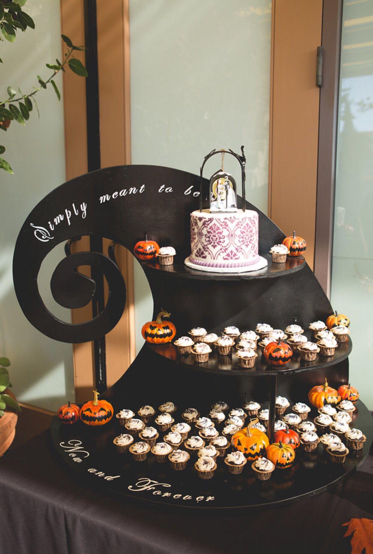 Pin by Eileen Minnick on Halloween wedding in 2018 | Pinterest ...