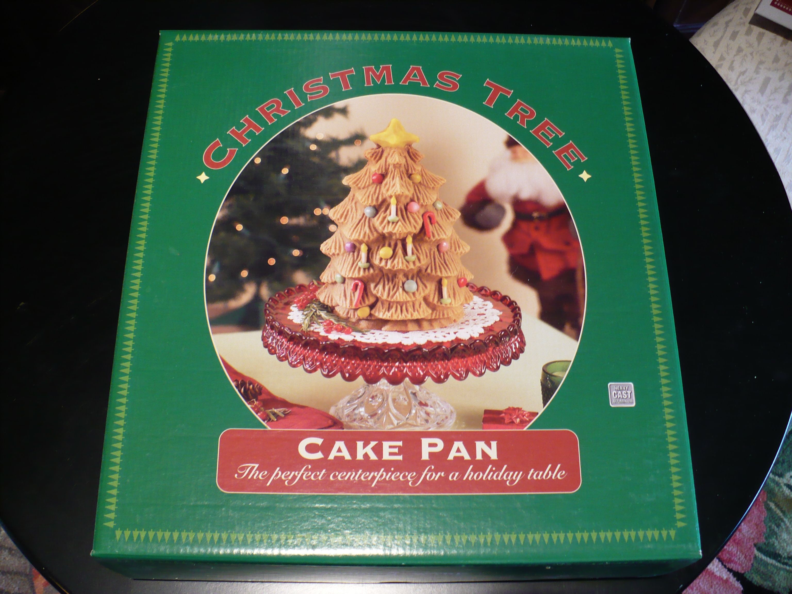 FOR SALE: Williams Sonoma Christmas Tree Cake Pan - NEVER OPENED