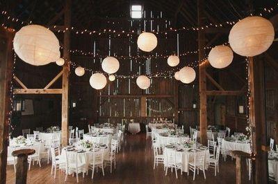 Beautiful Barn Wedding Decor Ideas Juxtapost