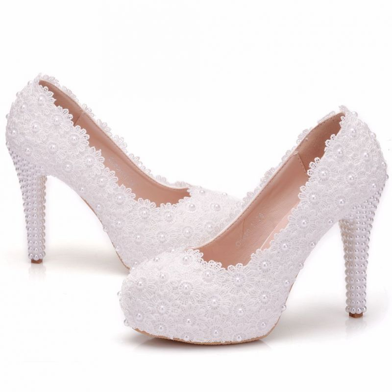 Piekne Biale Buty Slubne 2018 Z Koronki Perla 11 Cm Szpilki Okragle Toe Slub Czolenka White Wedding Shoes Stiletto Heels Wedding Pumps