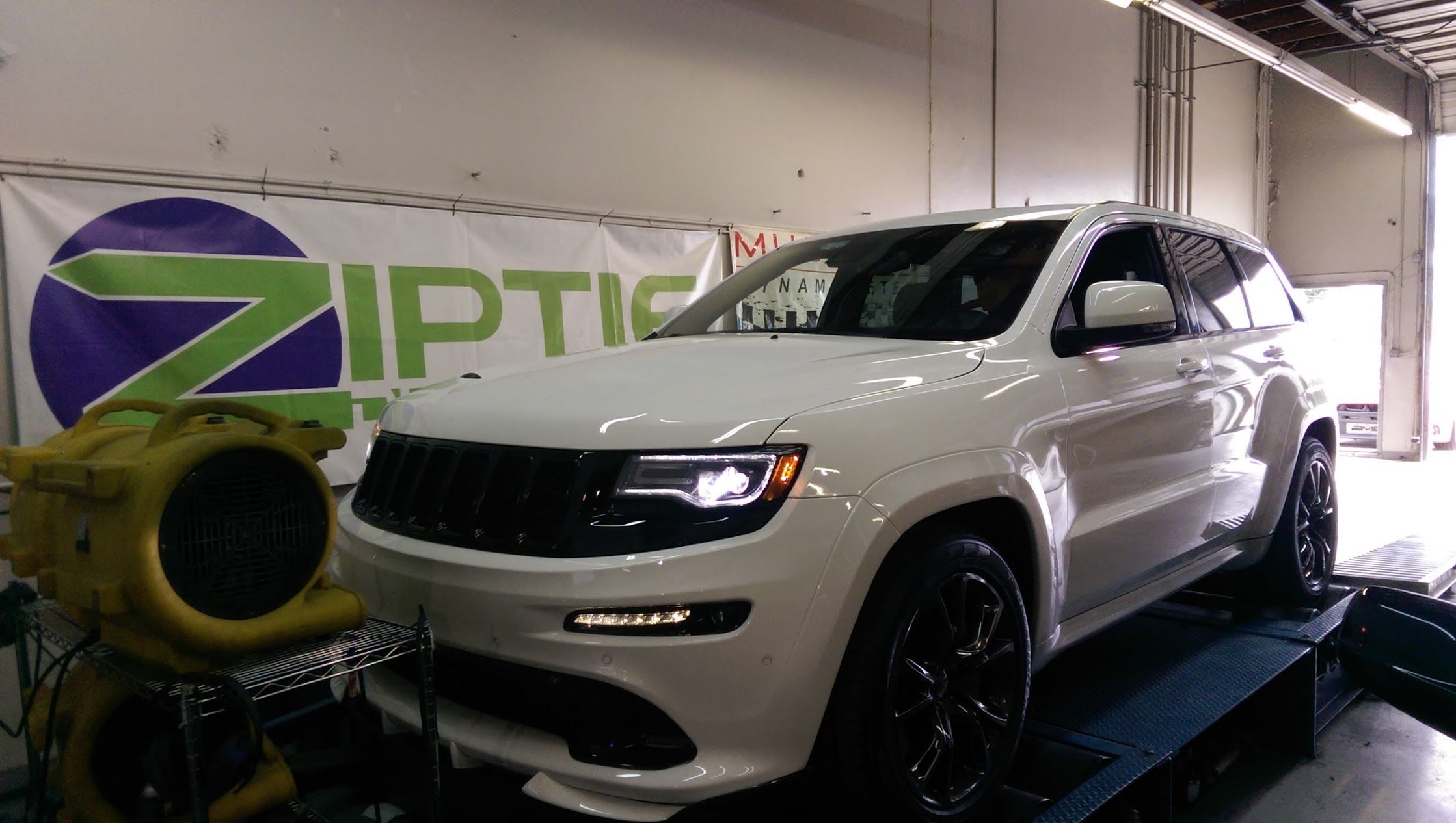 Playing On The Dyno Jeep Grand Cherokee Srt Jeep Grand Jeep