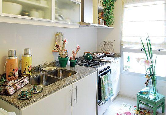 La cocina original del departamento con sus clásicos muebles ...