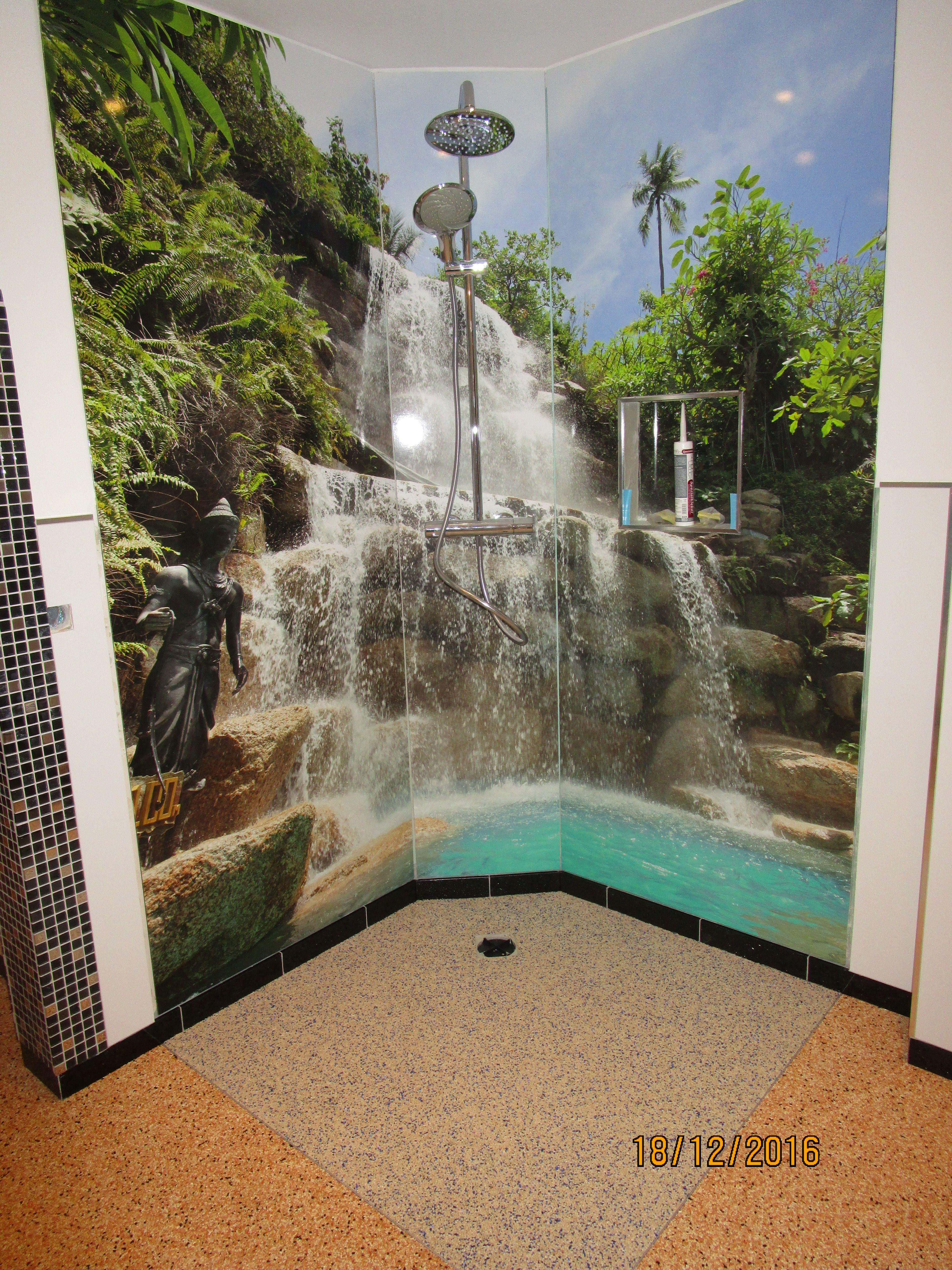 Duschruckwand Aus Alu Verbund Mit Motivdruck Duschruckwand Dusche Wandgestaltung Fototapete