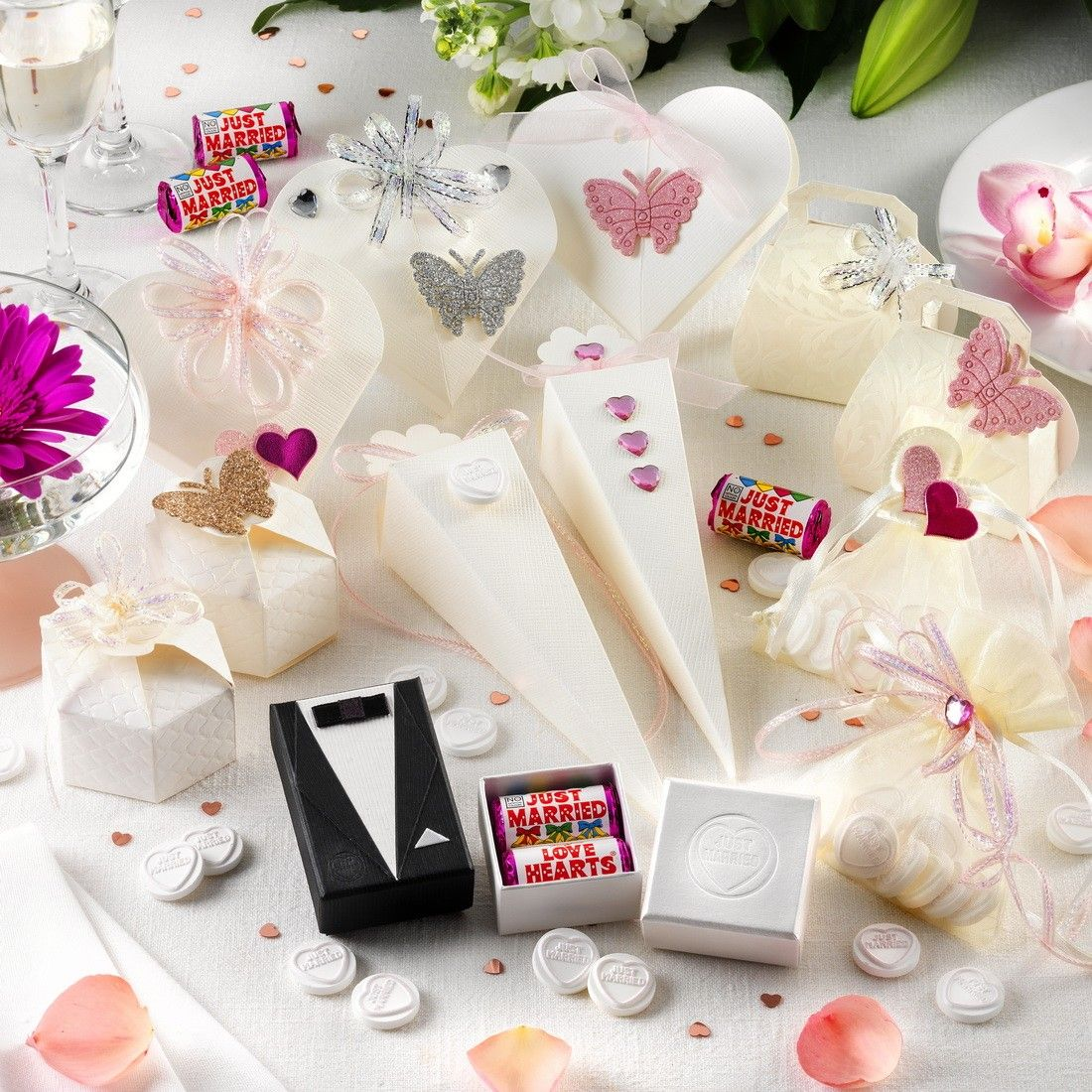 Sample pack of our Wedding Favour Boxes. Im imagining this to be the ...