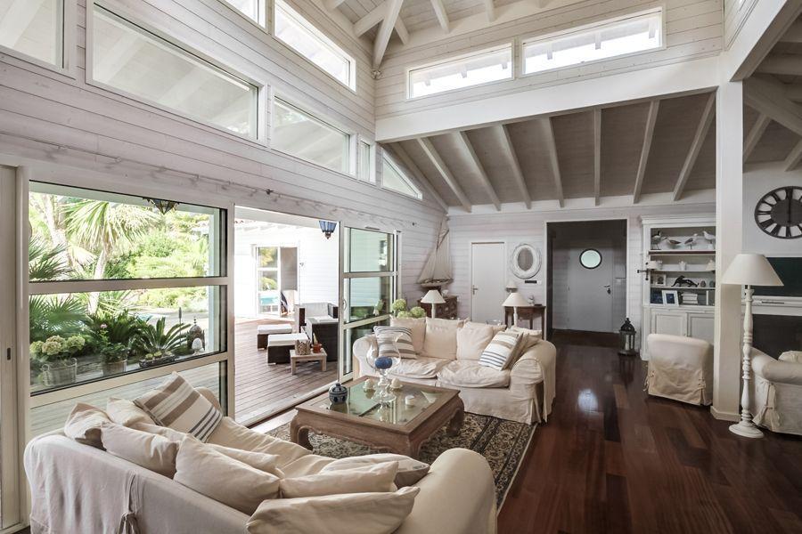 Vente villa d\u0027architecte en bois Lege Cap Ferret Secteur Le Canon - location maison cap ferret avec piscine