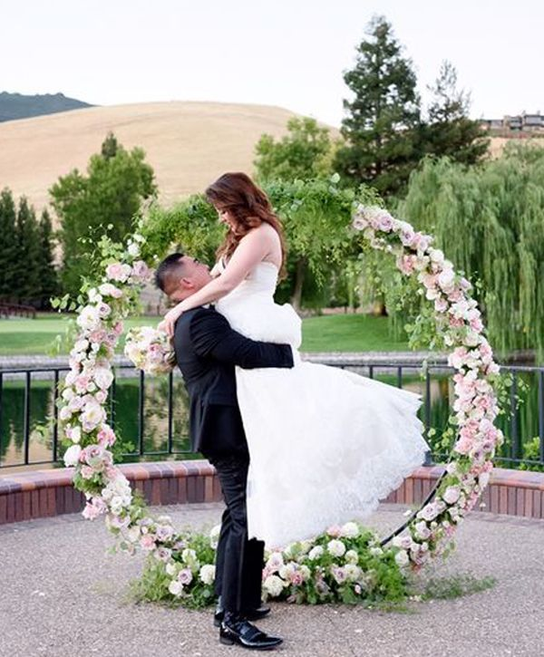 Wedding Arch Diy Ideas: 2017 Stylish Circle Ceremony Arch Décor Ideas