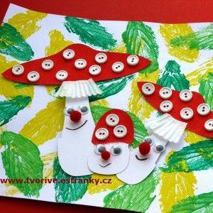 Veselé muchomůrky s klobouky zdobenými malými knoflíčky. Dílko, které si můžete vyrobit s dětmi v po...