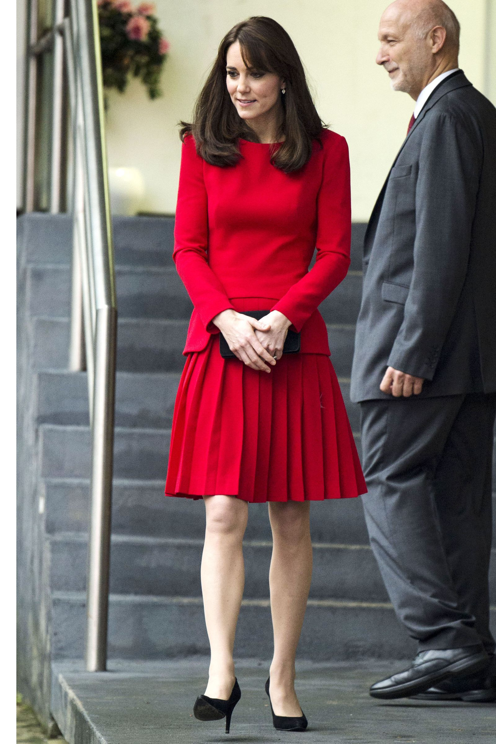 Lace dress kate middleton  Kate Middleton Just Wore the Most Stunning Lace Green Dress
