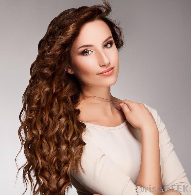 håropsætning med krøller