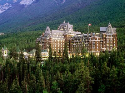 Banff National Park Hotel In Canada This Is A Summer Destination Must