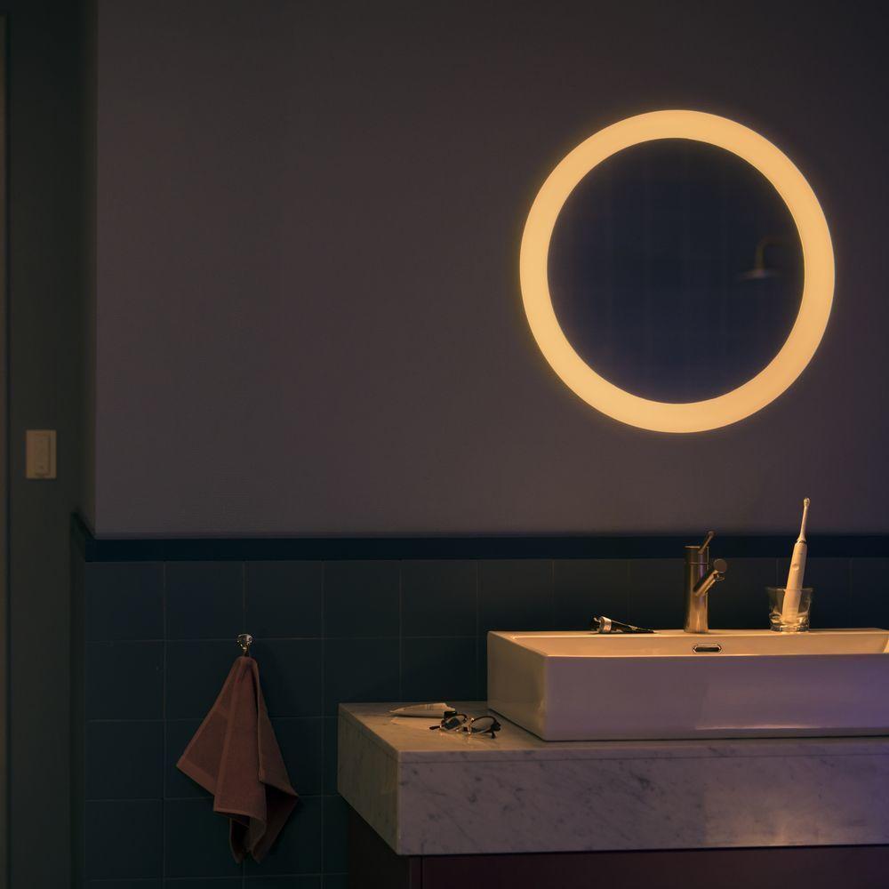 Philips Hue Adore Led Beleuchteter Spiegel Weiss White Ambiance 2400lm Inkl Dimmschalter Beleuchteter Spiegel Spiegel Weiss Beleuchten