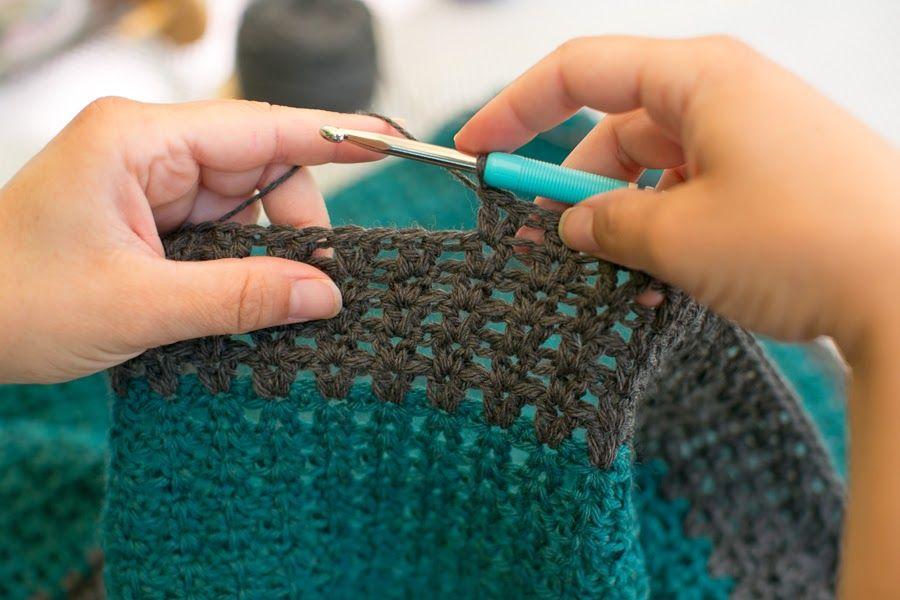 Mes favoris tricot crochet mod le gratuit une couverture pour b b au crochet tricots - Carre crochet pour couverture bebe ...