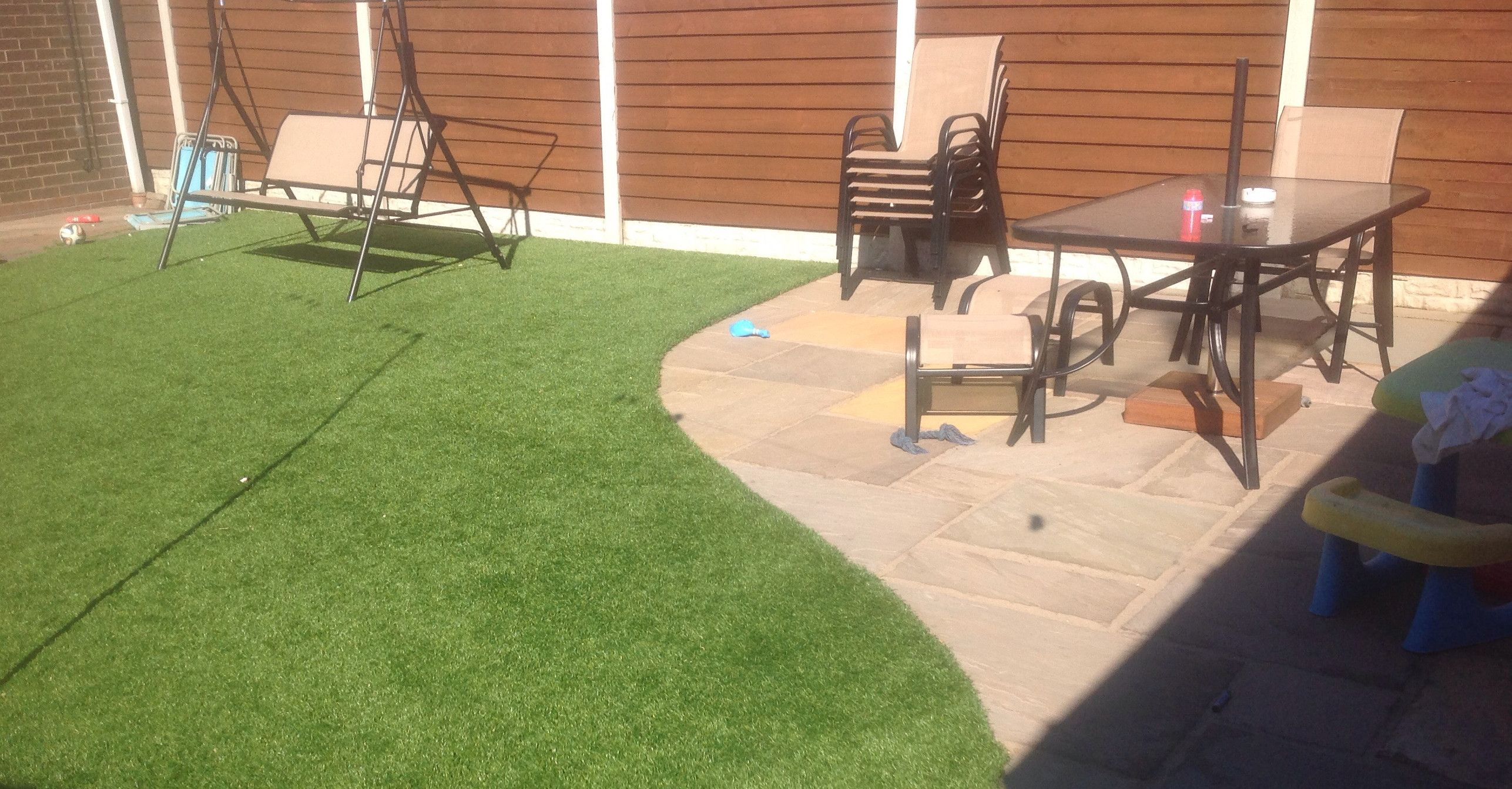 Choose top quality artificial grass from leading artificial #grass suppliers in UK at affordable prices. Quick installation at any surface! http://www.artificialsupergrass.co.uk/