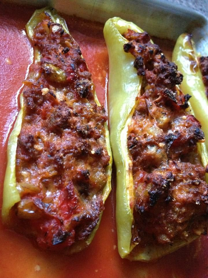 Meat Stuffed Cubanelle Peppers Stuffed Peppers Recipes Cooking Recipes