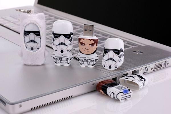 Stormtrooper Unmasked Star Wars Mimobot (2GB) Star