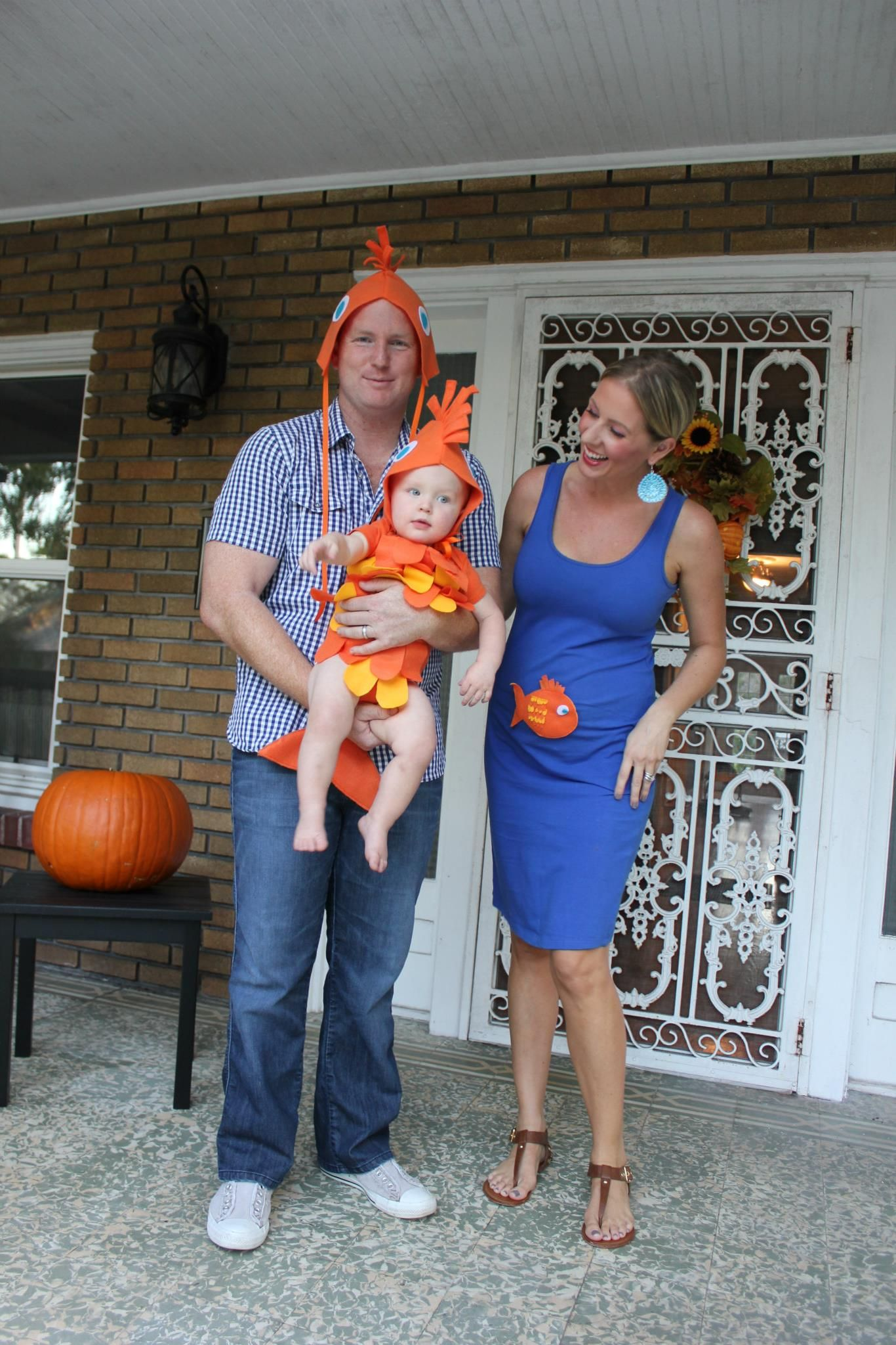 Less-Than-$7 DIY Family Fish Halloween Costume Idea ...
