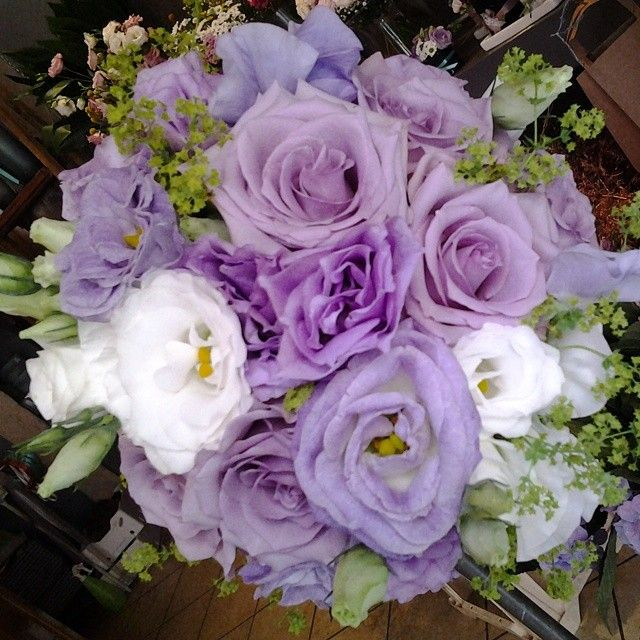 Bouquet Sposa Bianco E Lilla.Lilac And White Wedding Bouquet Bouqet Da Sposa Lilla E Bianco Www