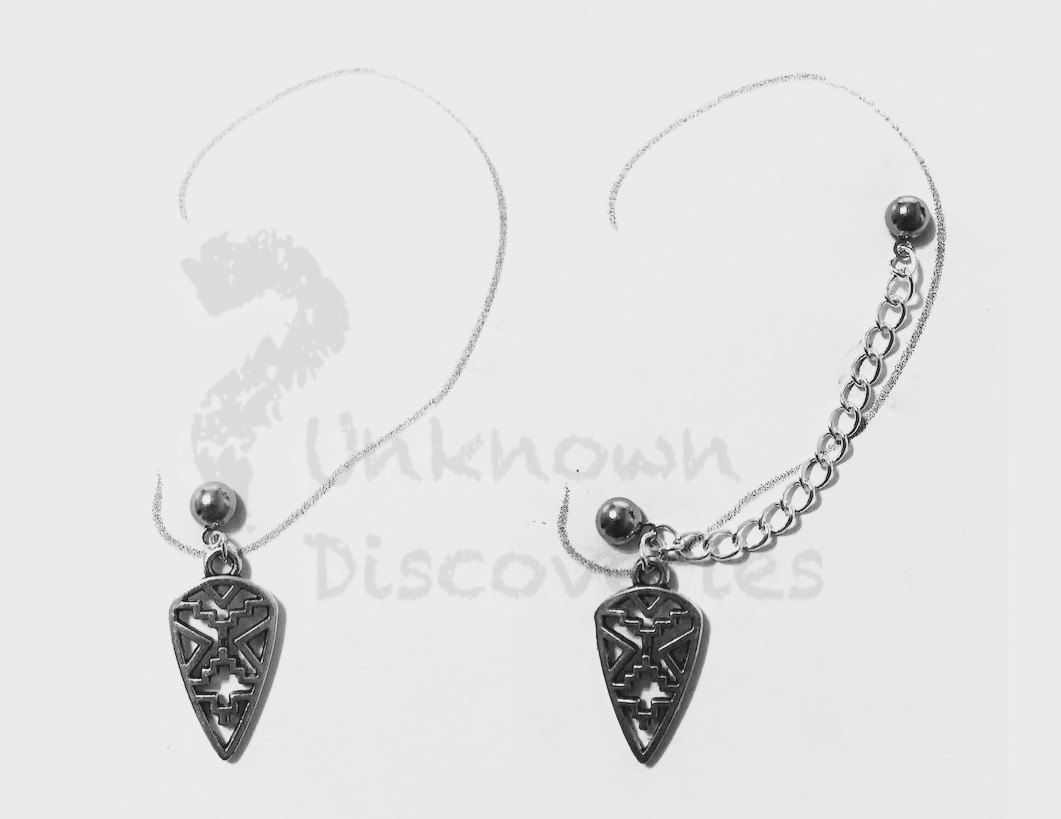 Antique Silver Aztec Arrowhead Chain Earring with Cuff and Double piercing, Cartilage piercing - pinned by pin4etsy.com